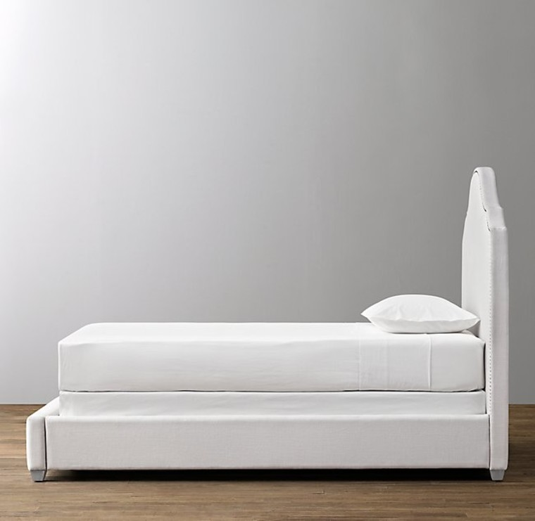 MIA UPHOLSTERED BED