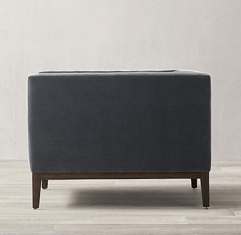 ITALIA TUFTED SHELTER ARM CHAIR